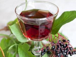 алкоголь на черной бузине