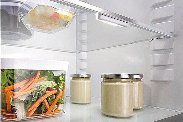 держать настойку в холодильнике