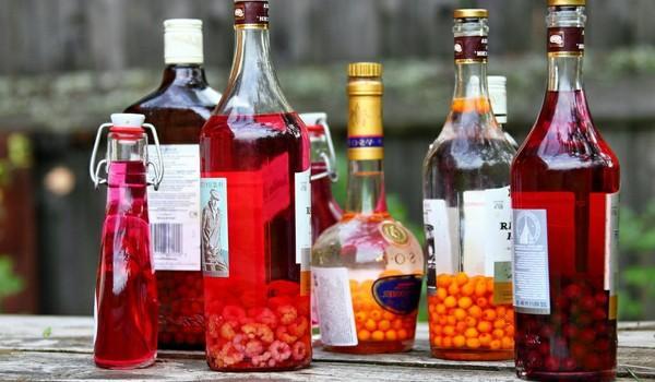 Настойки в бутылках