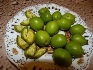 Фото зеленых грецких орехов, maxpark.com
