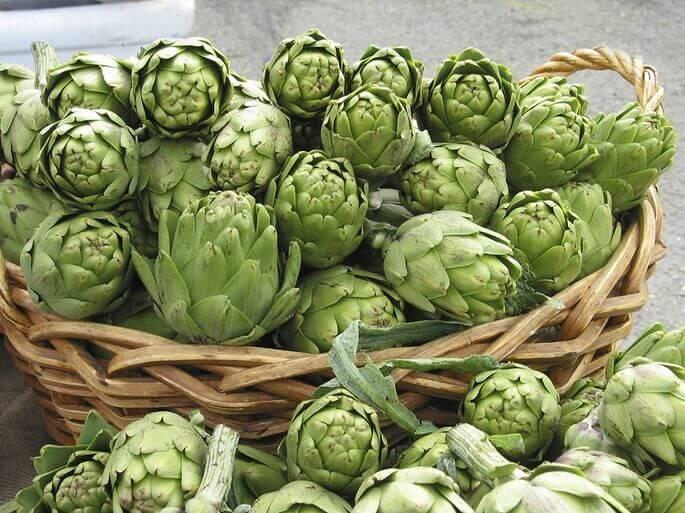 Артишок — одно из главных целебных растений для печени