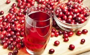 Tincture_of_cranberries_1-e1438332318377