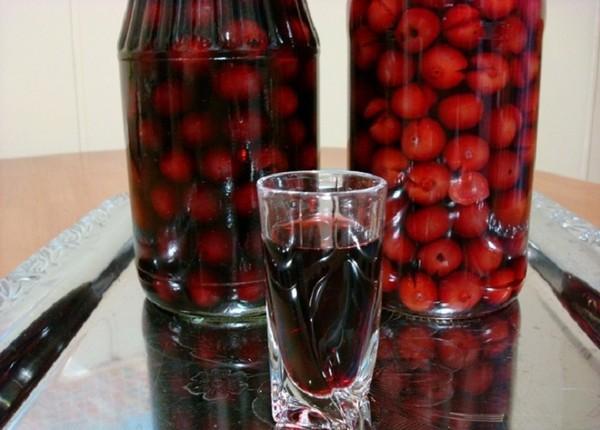Настойка из вишни в домашних условиях