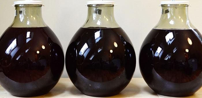 Домашняя наливка из черноплодки