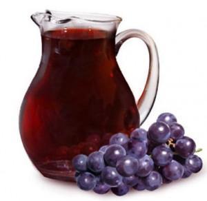 графин с виноградной наливкой