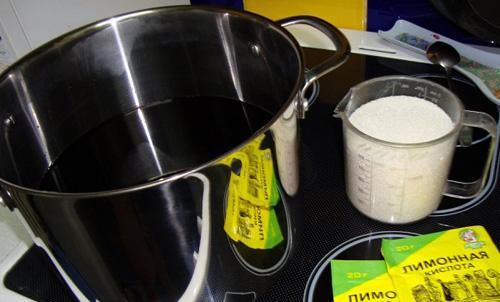 добавить сахар лимонную кислоту