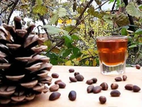 кедровые орехи настойка на водке