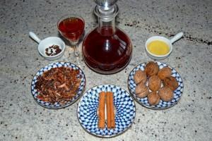 Как настаивать перегородки грецких орехов на спирту? фото